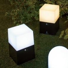 電池式LED人感センサーライト 2個組・角