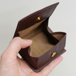 わちふぃーるど/エンペラー小銭入れ 茶・ダヤン 取り出しやすいボックス型小銭入れです
