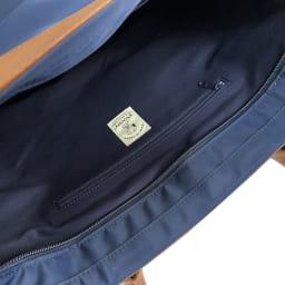 SNOOPY(スヌーピー)/レザーナイロントート(L) ファスナー付き内ポケット
