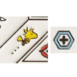 【WEB】SNOOPY(スヌーピー)/吉祥花づくし 浅草文庫 メガネケース|PEANUTS 文様の合間ウィ自由にたわむれるような愛らしいウッドストックがあっちにもこっちにも!/亀甲…亀の甲羅をかたどった長寿の象徴。