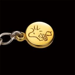 【WEB】SNOOPY(スヌーピー)/ダイヤモンド入り ハッピーコミック・ブレスレット PEANUTS ウッドストックが金色のチャームでゆらゆら♪