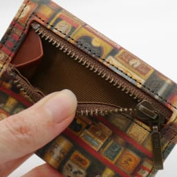 わちふぃーるど/極小三つ折り財布#2 グロッサリー 裏にはファスナーポケットがついています