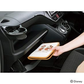 ミッキー&ミニー/ナチュラル 車検証ケース|Disney(ディズニー) 写真