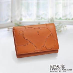 SNOOPY(スヌーピー)/ナチュラルレザーの2つ折り財布|PEANUTS 写真