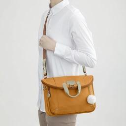 カナナフリーウェイ2WAYリュック(小) 付属ベルトを付け替えればショルダーバッグになります。