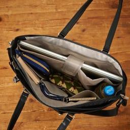 ace.GENE(エース ジーン)/ビエナ ビジネストートバッグ 内装はPCが収納できるクッション入りのポケットやペットボトルホルダーも装備しています。