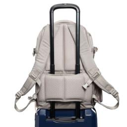ace.(エース)/ジョガベル セットアップ機能付 A4サイズ対応リュック 14L スーツケースやトローリーバッグのキャリーバーに装着可能なセットアップ機能(※画像は商品番号:NV11-50になります。)