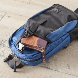 SOLO TOURIST(ソロツーリスト)/レインカバー内蔵 ワンショルダーバッグ 前面オープンポケットは長財布も収納可能
