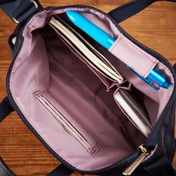 プライベートレーベル オリオールズ ミニショルダーバッグ 内側にはカード入れやペン挿し
