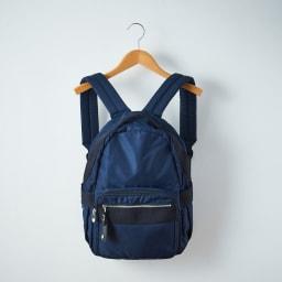 ace.TOKYO(エース トウキョウ)/オウストル タブレット収納ポケット付きA4対応リュック(小) (イ)ネイビー ※画像はサイズ違いの商品のものです。(商品番号:NV3803)