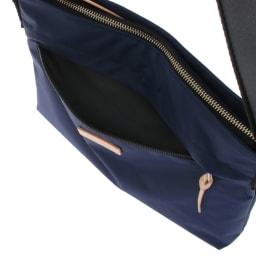 MACKINTOSH PHILOSOPHY(マッキントッシュ フィロソフィー)/アソール ショルダーバッグ さっと取り出したい小物の収納に便利な前面ポケット