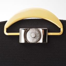 岩佐/ホースヘアー 2WAYフォーマルバッグ |結婚式・卒業式・入学式・法事・パーティー 2wayで使用出来るゴールドの収納式金具なので、見せることも隠すことも出来て慶弔兼用可能です