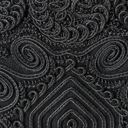 岩佐/全面&持ち手コード刺繍 撥水フォーマルバッグ トート型 |結婚式・卒業式・入学式・法事・パーティー 刺繍部分には二種類の組紐を用いており、平刺繍では表現出来ない立体感を表現。