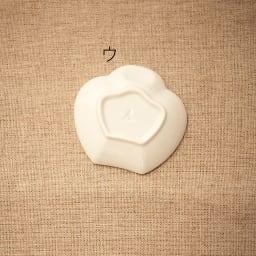 amabro(アマブロ)/MAME 有田焼豆皿1枚 ウ:脹雀形皿Back
