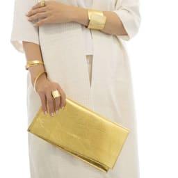 NAGAE+(ナガエプリュス)/TIN BREATH ティンブレス ブレスレット ゴールド色 リングゴールド色は商品番号:N53060~2になります。左腕:50mmゴールド、Ring10×80mmゴールド、右腕:10mmゴールド、Ring20×80mmゴールド