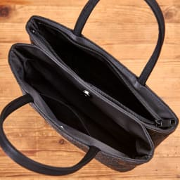 岩佐/ジャガード織バラ柄 二層式バッグ |結婚式・卒業式・入学式・法事・パーティー 開口部/ファスナー開閉とマグネット開閉の二層式、二層それぞれに内側オープンポケット×1