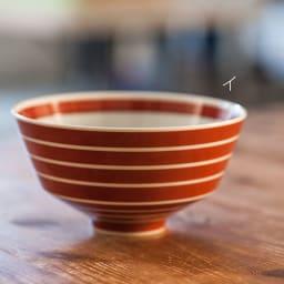 ARITA PORCELAIN LAB(アリタ・ポーセリン・ラボ)/丼 独楽筋|有田焼 イ:朱