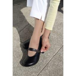 神戸シューズ 時見の靴/オブリーク一本ベルトパンプス3.5cm エアーヒール