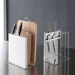 FRAMES&SONS(フレームズアンドサンズ)/丸洗いできるまな板&包丁スタンド 大サイズ 左からホワイト、ステンレス