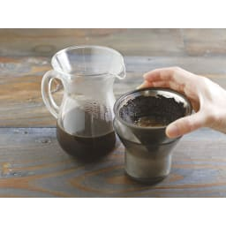 KINTO スローコーヒースタイル コーヒーカラフェセット600ml ホルダーはブリューワーレストとしても活躍します。
