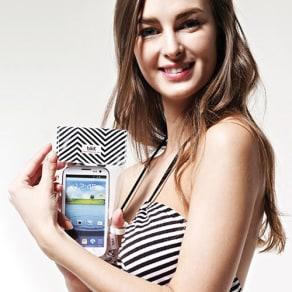 スマートフォン用防水ポーチ bikit 写真