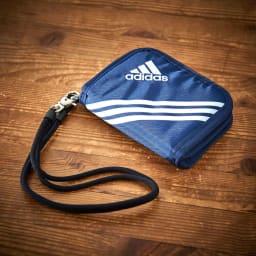 adidas(アディダス)/ウォレットコード付 二つ折り財布 (イ)ネイビー