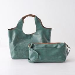 レーザーカット親子バッグ インバッグは取り出し可能で、それぞれ単体でもお使い頂けます。