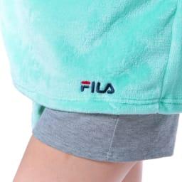 FILA(フィラ)/ふわもこタオルカーデ (イ)ロゴ刺繍