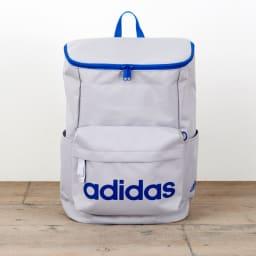 adidas(アディダス)/スクエアタイプリュック(20L) (ウ)グレー