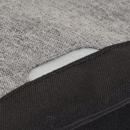 adidas(アディダス)/スクエアリュック 夜間に安全に役立つリフレクター