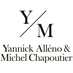 「グエル・ヴァン」  クローズ・エルミタージュ(赤ワイン) (750ml) フランスのローヌ地方を代表するワイナリー「ミシェル・シャプティエ」と、三ツ星を獲得したフレンチのスターシェフ、ヤニック・アレノ氏の共同プロジェクトで誕生したワイン!