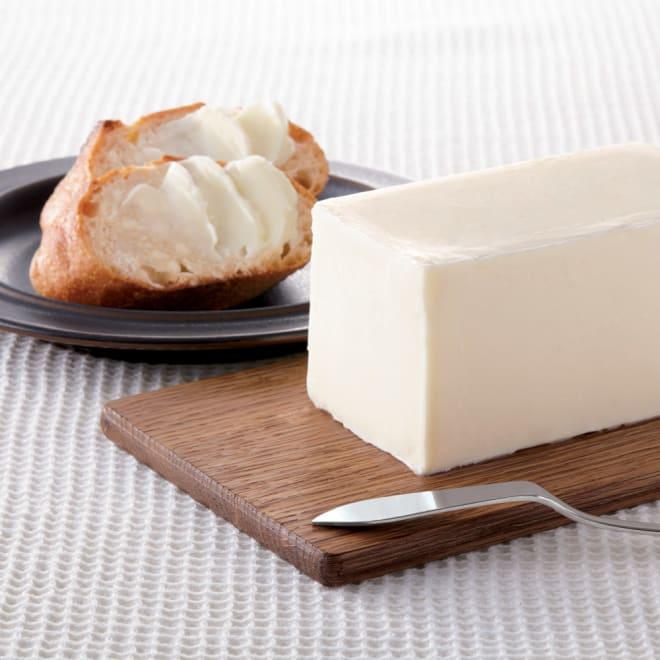 「弘乳舎」 純白バター (2種計3個) 【盛り付け例】