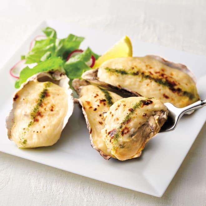 広島産 殻付きかきグラタン (4個×5袋) 【通常お届け】 【盛り付け例】 最も身太りのよい時期に獲られた広島産の殻付きの牡蠣を、旨みが引き立つオリジナルソースで上品に仕上げました。
