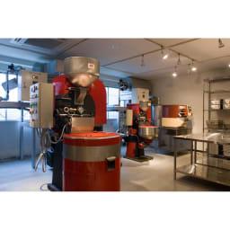 MAME'S/マメーズ オータムブレンド (150g×3袋) イタリア STA 社の最新鋭焙煎機が3台、並んでいます。焙煎鮮度を常に新鮮に保つよう、それぞれの豆を、お客様のご注文に応じて、焙煎しています。