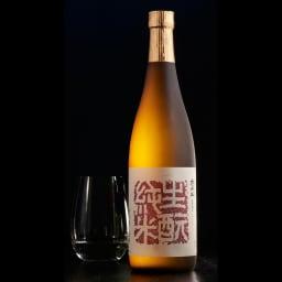 太平山 生もと純米 (720ml) 吟醸純米の香り立つ淡麗な、のど撫でるふくよかな深みのある味わい。