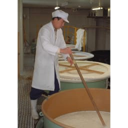 【日本酒】特別純米酒「シャトー妙高」 (720ml) 酒造りの大きな要素である仕込み水には特に神経を使っております。