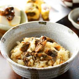 【生産者応援】北海道産 牡蠣の甘露煮 (80g×4パック) 調理例:牡蠣の炊き込みご飯
