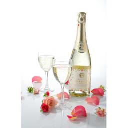 東農園 バラ梅酒スパークリング (720ml) 紀州・南高梅とバラの天然の香りが優雅に漂います。