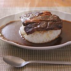 北海道肉ソン大統領の肉デカビーフカリー(300g×2箱)