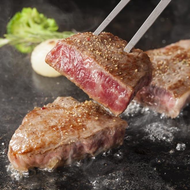 【敬老の日】国産黒毛和牛モモミニステーキ (約60g×5枚)  肉質がきめが細かくやわらかな黒毛和牛のもも肉。