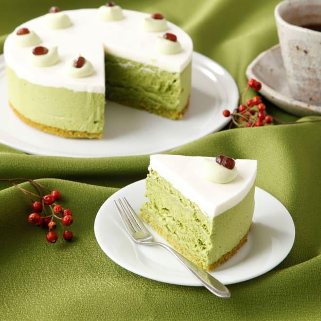「東京 松右衛門」 クリスマス抹茶アイスケーキ 5号(直径15cm) 京都産宇治抹茶を使用し、凛とした味と香りを楽しむことができます!