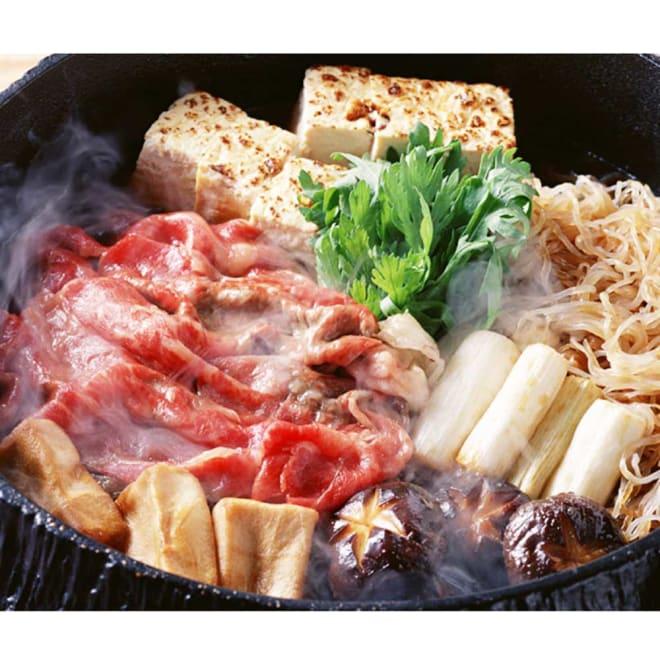 【生産者応援】山形牛肩ロースすき焼 (800g) 【調理例】お肉のみのお届けとなります。
