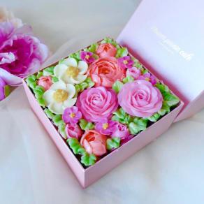【母の日ギフト】食べられるお花のケーキ380g 写真