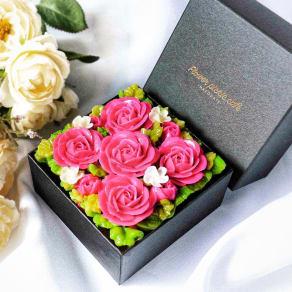 【母の日ギフト】食べられるお花のケーキ280g 写真