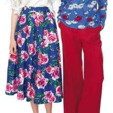 着こなしに華やかさをプラス 花柄プリントスカート