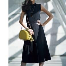 ベルトデザイン タック使い スカート
