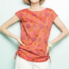 フラワープリントコットンジャージー Tシャツ