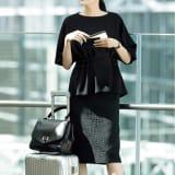 デュテル社 クロコダイル風ジャカード スカート 写真