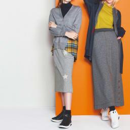ネルシャツ素材の チェックドッキングカーディガン (左)ネルシャツ素材の チェックドッキングカーディガン デニム風にシャツのドッキング 個性派羽織が冬を軽やかに コーディネート例