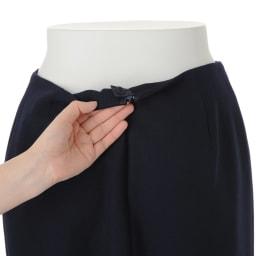 ウール混 ダブルクロス ダブルベント スカート 後ろ中心ボタン・ファスナー開き